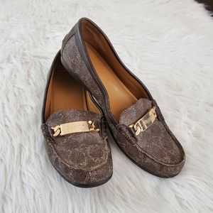 **Coach Olive Sz 7 Signature Coated Canvas Loafers